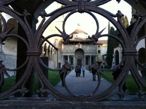 Chapelle des Pazzi réalisée par Brunelleschi sur le site de la Basilica di Santa Croce